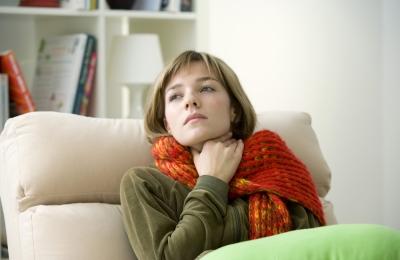 Как утеплить глотку при болезни