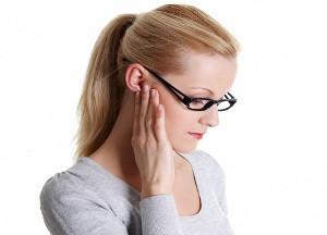 болевые ощущения за ухом
